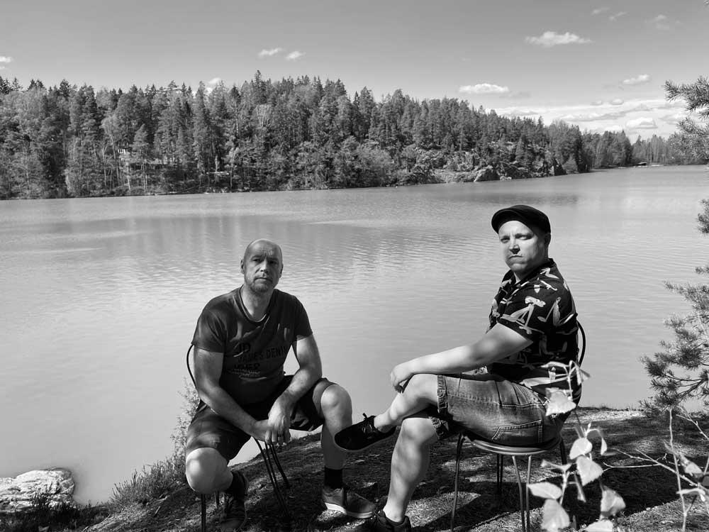 Tommi-ja-Mikko-Impivaaran-maisemissa